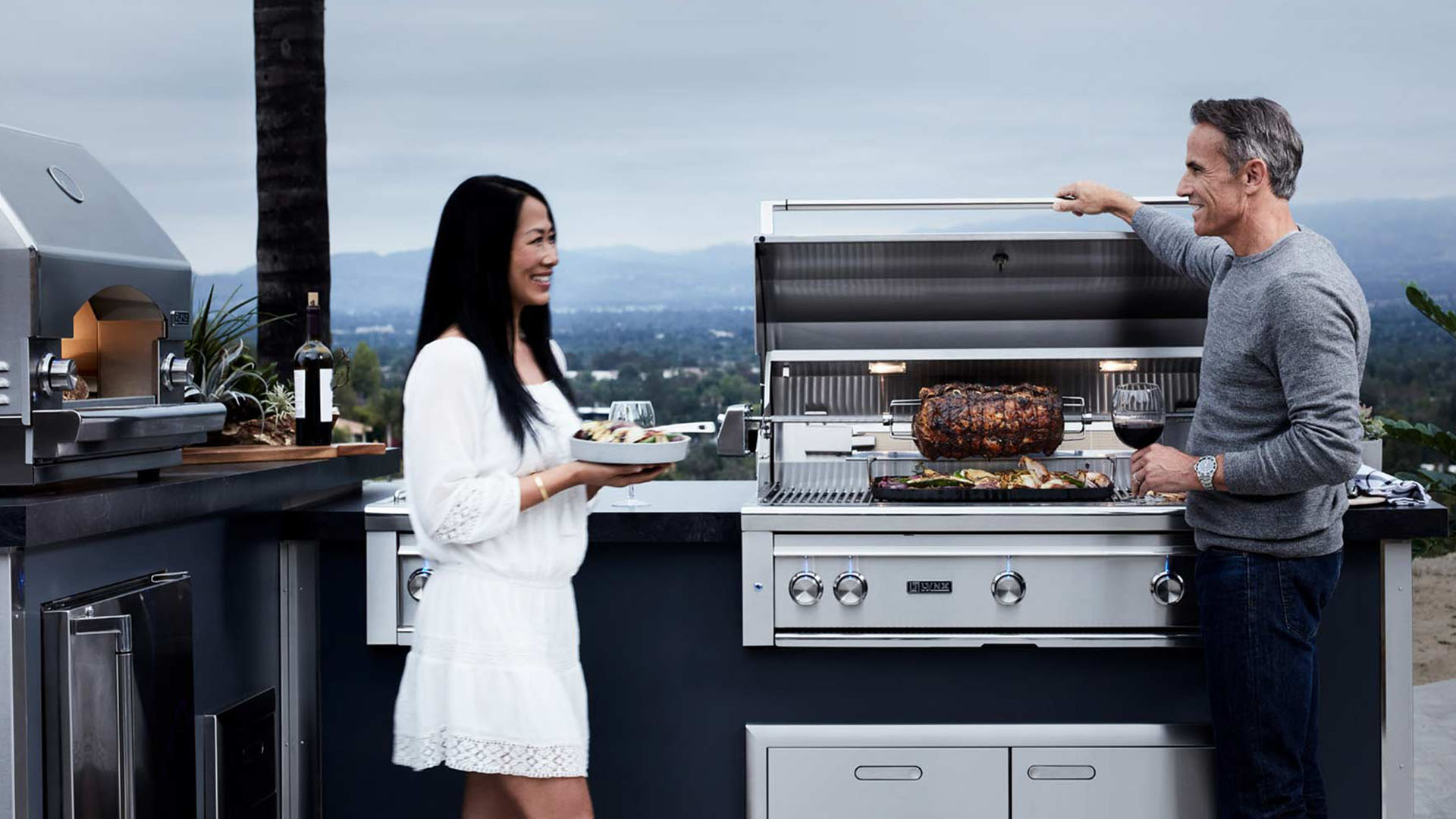 Lynx Grills Outdoor Kitchens Professional Grade Grills Oasis Outdoor Living