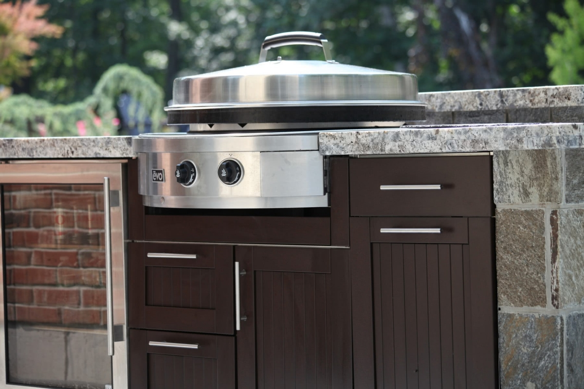 Brown Jordan Outdoor Kitchens - Premium Cabinetry - Made in ...